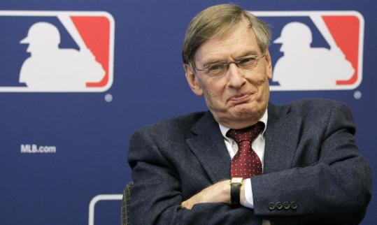 "Despite having to deal with some thorny issues, Commissioner Bud Selig told baseball writers yesterday that the sport ""has never been this popular.''"