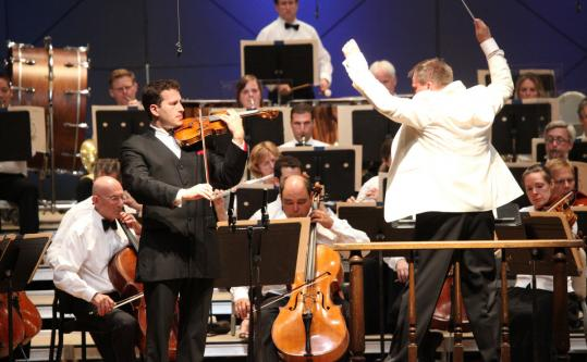 Nikolaj Znaider performing Sibelius's Violin Concerto with conductor John Storgaards and the Boston Symphony Orchestra Saturday night.