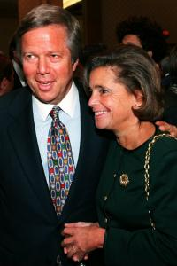 With husband Bob, Myra Kraft attended many fund-raisers, smiling and greeting donors.