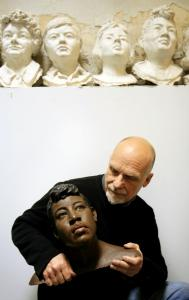 Forensics sculptor Frank Bender in 2006 with a bust made based on the remains of homicide victim Rosella Atkinson, 18.