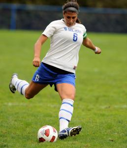 Former Newton North and Wheaton College star Alessia Viscomi reached the national semifinals with the Boston Aztecs.