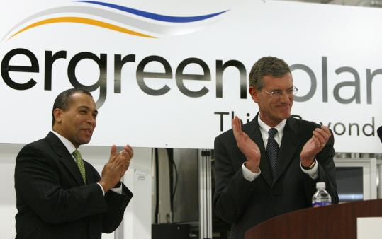 Massachusetts Governor Deval Patrick and then-Evergreen CEO Richard Feldt at the Devens plant, shuttered earlier this year, in 2007.
