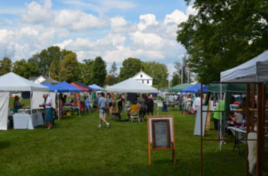 The Craftsbury farmers&#8217; market on the town common (pictured) offers international fare, including samosas.