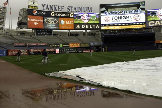 Though some players got loose, last night's game at Yankee Stadium never got off the ground.