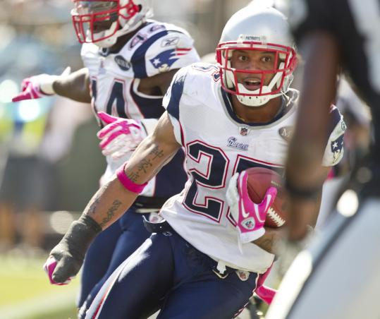 The Patriots' Patrick Chung made one of the day's biggest plays, picking off Jason Campbell in the end zone.