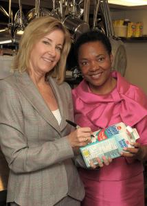 Chris Evert (left) and Sharon Reilly at Women's Lunch Place.