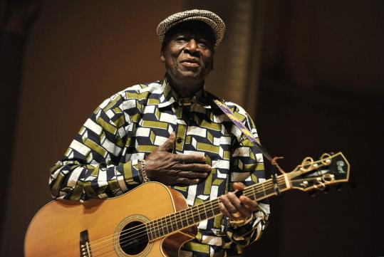 Boubacar Traoré performing Wednesday at First Church in Cambridge.