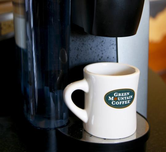 "Green Mountain, of Waterbury, Vt., has a ""looming patent issue'' on its single-serve K-Cups and may lose its ability to ""monopoly price'' the packets, hedge fund manager David Einhorn says."
