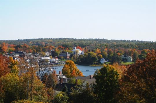 Damariscotta and Newcastle, Maine, are separated by the Damariscotta River.