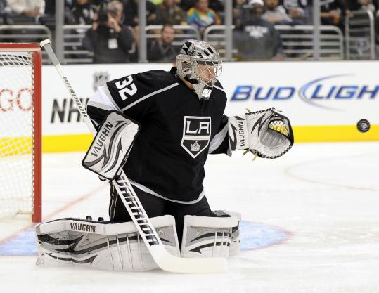 Jonathan Quick stopped all 28 Dallas shots to become the first Kings goaltender to record three consecutive shutouts.