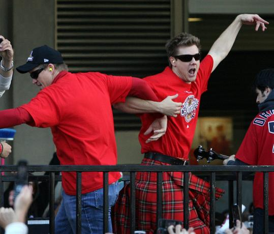 Papelbon (in kilt) did a jig with Mike Timlin