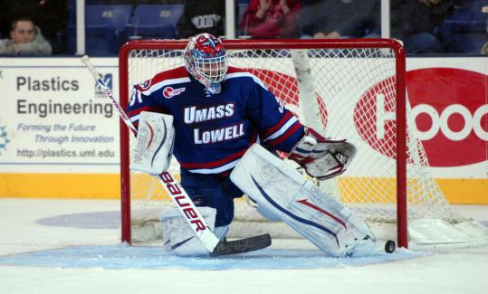 Hockey East: Lowell Goalie Standing Tall - Carr Is Key To Rare Maine Sweep