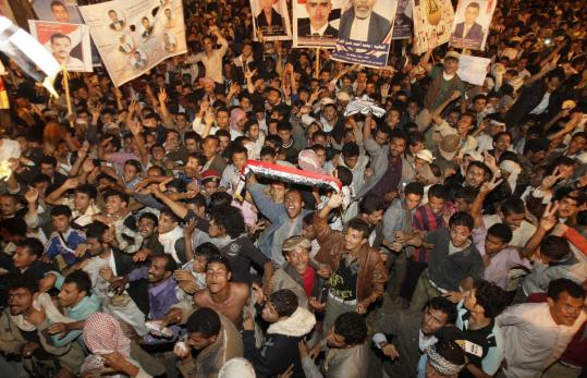 The new unity government in Yemen expects continued protests from young demonstrators unsatisfied with yesterday&#8217;s deal.