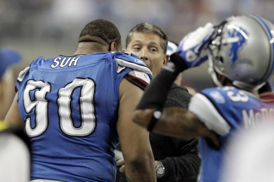 Ndamukong Suh, who got an earful from coach Jim Schwartz after getting ejected Thursday, apologized for his actions.