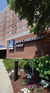 50 Warren is tucked inside the UMass Lowell Inn & Conference Center, which is the only hotel downtown.