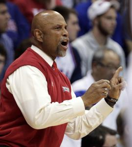 FAU coach Mike Jarvis was an assistant at Harvard in the 70s under coach Satch Sanders.