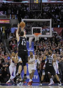 Kevin Love's buzzer-beating 3-pointer against the Clippers Friday gave the Timberwolves their third straight victory.