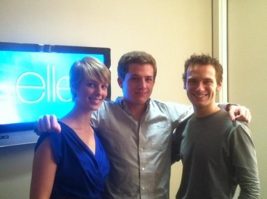 Emily Luther, Charlie Puth (center), and backing musician Robert Gillies.