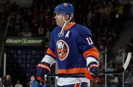 Brian Rolston, 39, wasn't a fit with the Islanders; he may land on the Bruins' PP.