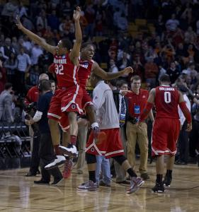 Ohio State&#8217;s Lenzelle Smith Jr. (32) and Deshaun Thomas jump for joy as they celebrate an East Regional championship.