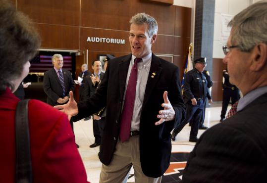 Senator Scott Brown called on Elizabeth Warren to authorize the release of her law school applications and personnel files.