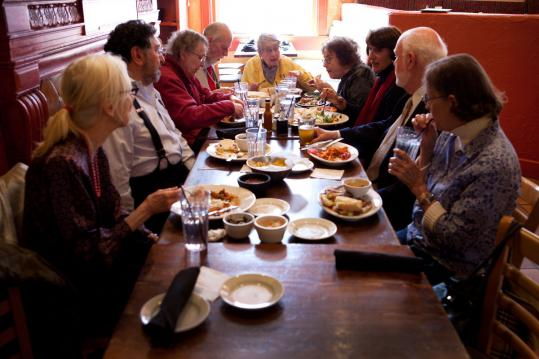 Beacon Hill Village members recently enjoyed an informal luncheon at the Cactus Club.