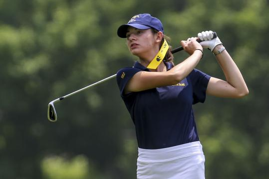 Aimee Dubois's 83 at Holden Hills Country Club in Jefferson Tuesday helped Notre Dame of Hingham claim its 11th state title.
