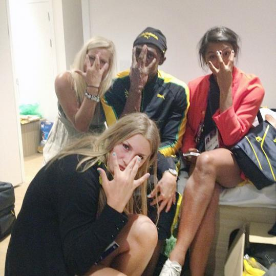 Usain Bolt whipped the Twitter world into a frenzy after posting this picture with some Swedish handball players.
