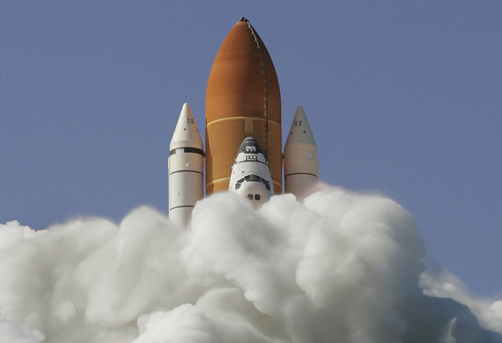 Space Shuttle Launch Wallpaper. The Space Shuttle Discovery