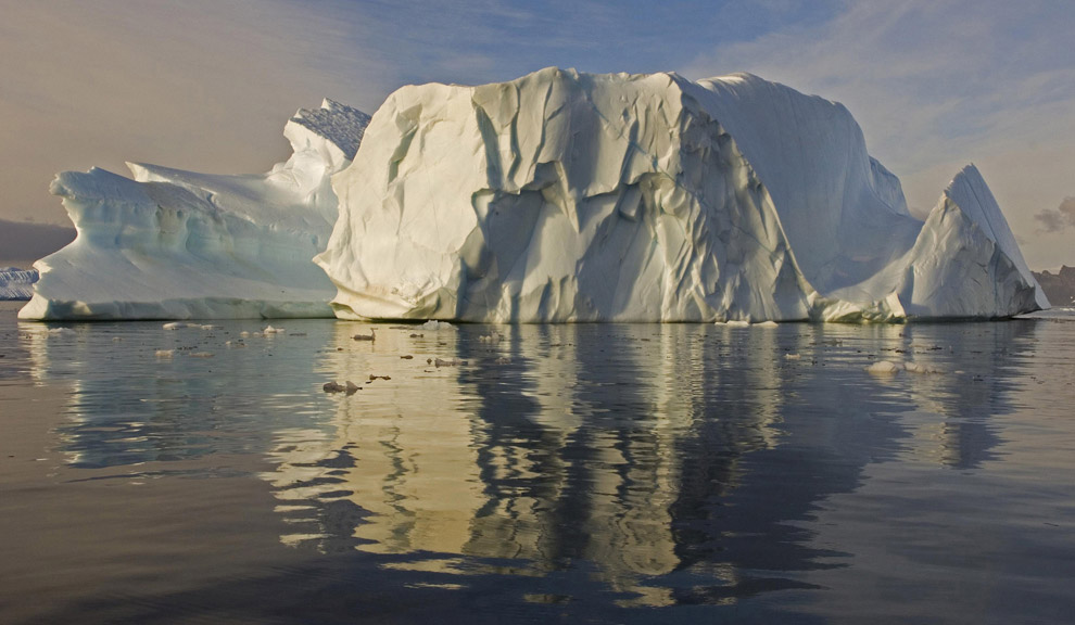 A big iceberg for a Big Picture