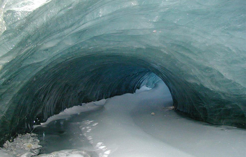 antarctica cave