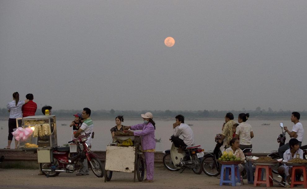 Cambodge... C17_17909893