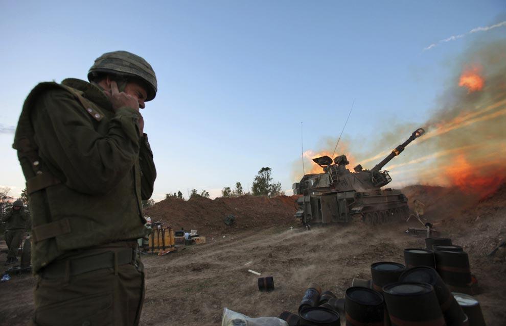 Israel Raids South Gaza After Rocket Attacks