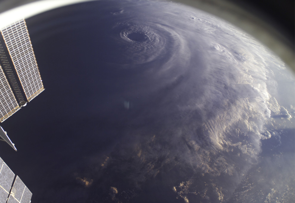 What is the biggest recorded hurricane