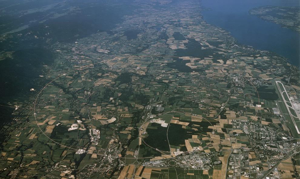 Vista aerea al Gran Colisionador de Hadrones, de 27 kilometros de circurferencia