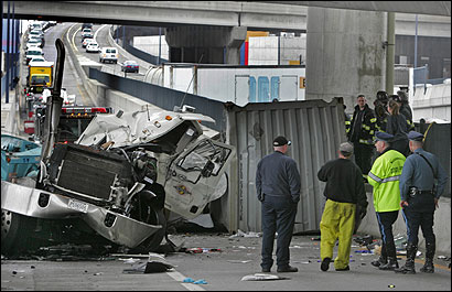 4 hurt in city after truck plunges off I-93 onramp - The Boston Globe