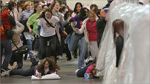 Come The Brides Running Of 115