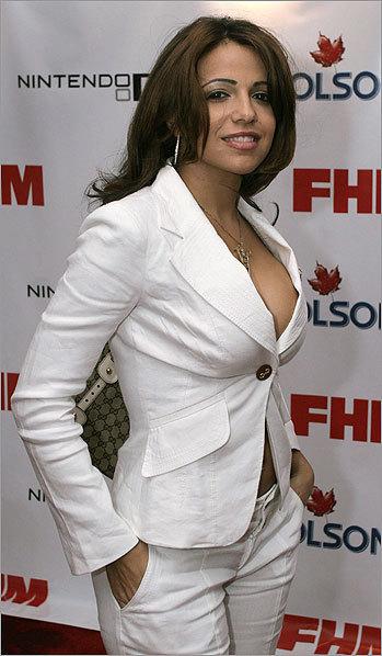 Faye reagan cum on tits