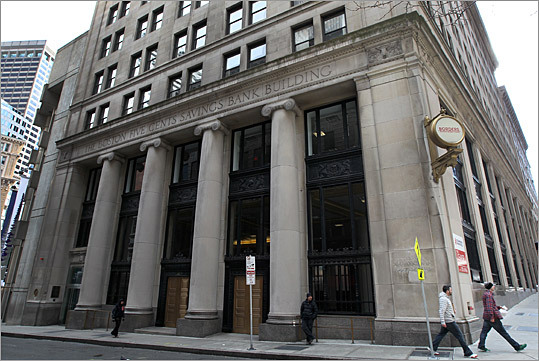 online retailer 54778 3bb88 Walgreens plans large downtown emporium - The Boston Globe