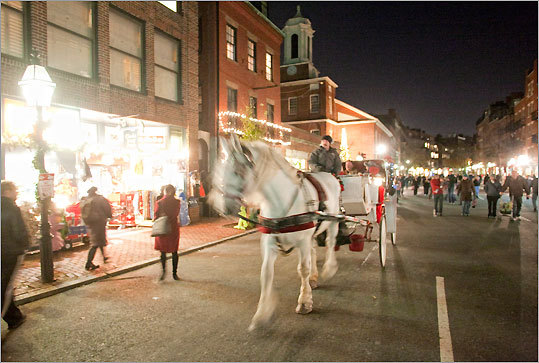 Photos From The Beacon Hill Holiday Stroll