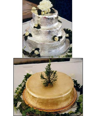 These Are Traditional Bermudian Bride And Groom S Cakes This Explains The Meaning Of