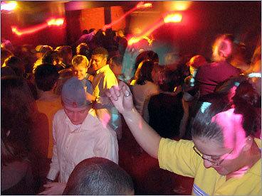 Boston gay lesbian night clubs
