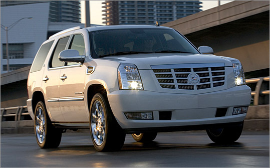 Cadillac S Green Beast Escalade Hybrid May Inspire Some Suv Fans To Change Their Views