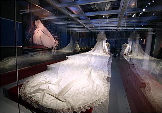 Princess Diana S Wedding Gown