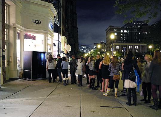 Shoe Stores On Newbury St Boston