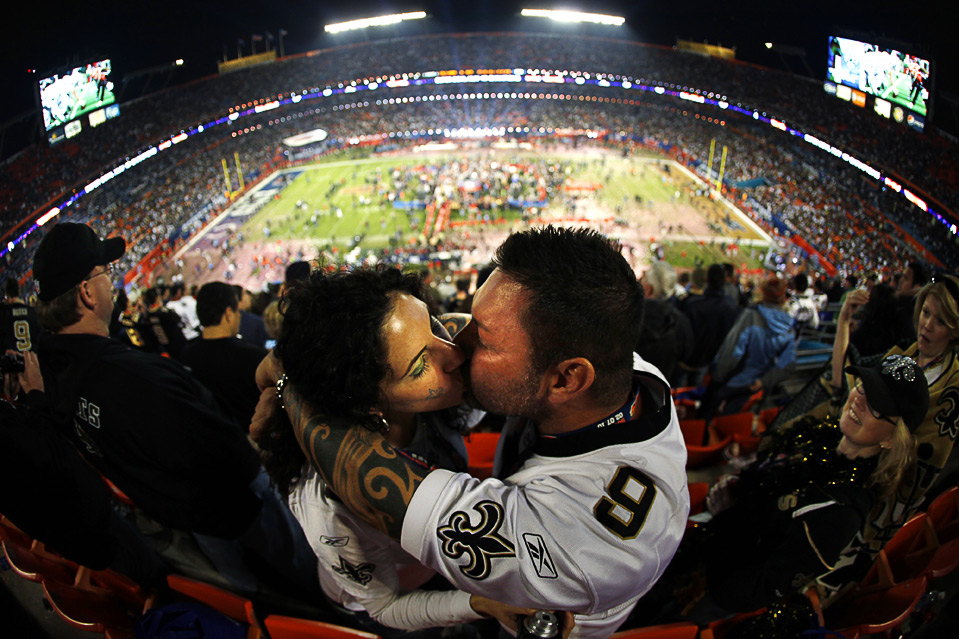 f1ae577a Super Bowl XLIV: the New Orleans Saints beat the Indianapolis Colts ...