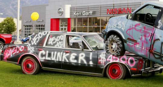 Cash For Clunkers >> Us Puts Brakes On Cash For Clunkers Before It Starts