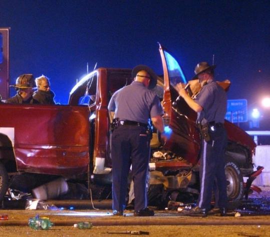Police investigate two fatal accidents - The Boston Globe