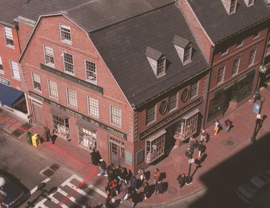 new product 1614e 426df Chipotle moving to historic Boston building - The Boston Globe