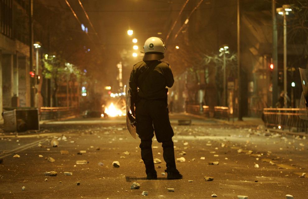 2008 Greek riots - Photos - The Big Picture - Boston.com 2f7ec24d4